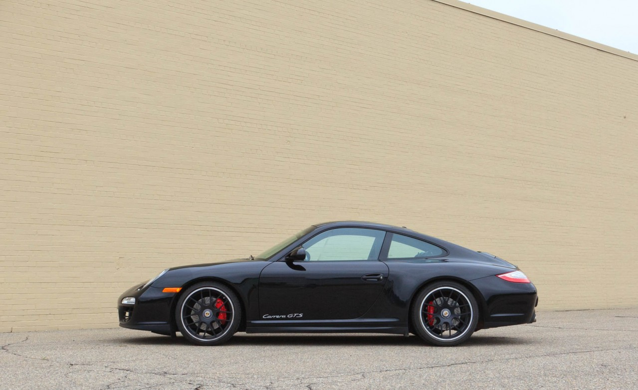 porsche 911 carrera gts coupe porsche review. Black Bedroom Furniture Sets. Home Design Ideas