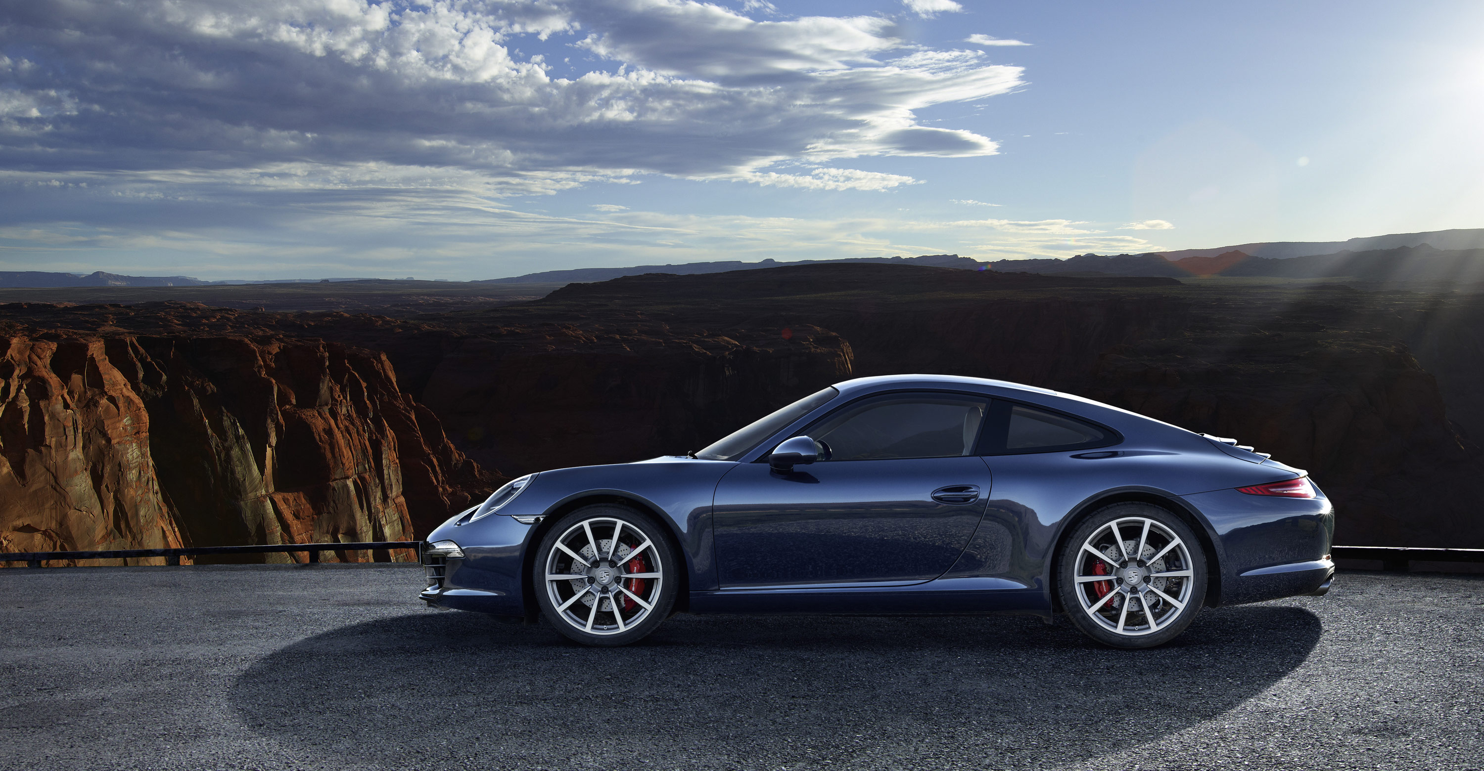 2012 new Porsche 911 Carrera S