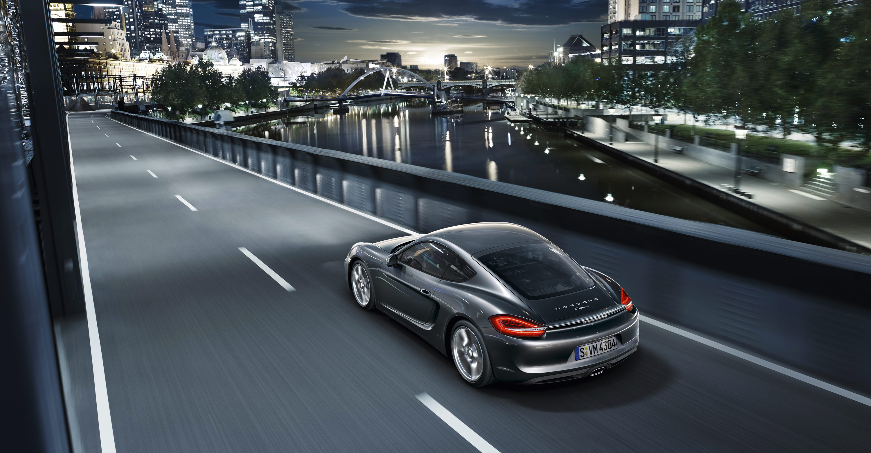 2013-porsche-cayman-wallpaper_02
