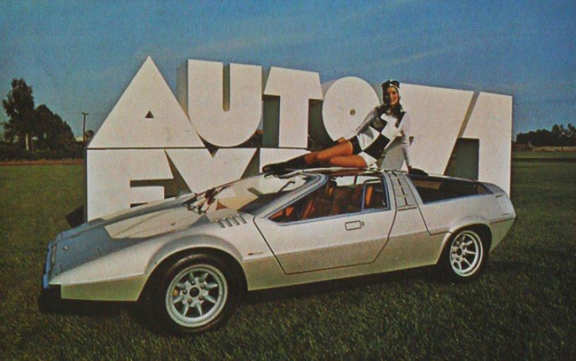 Car girl and Porsche Tapiro 1970