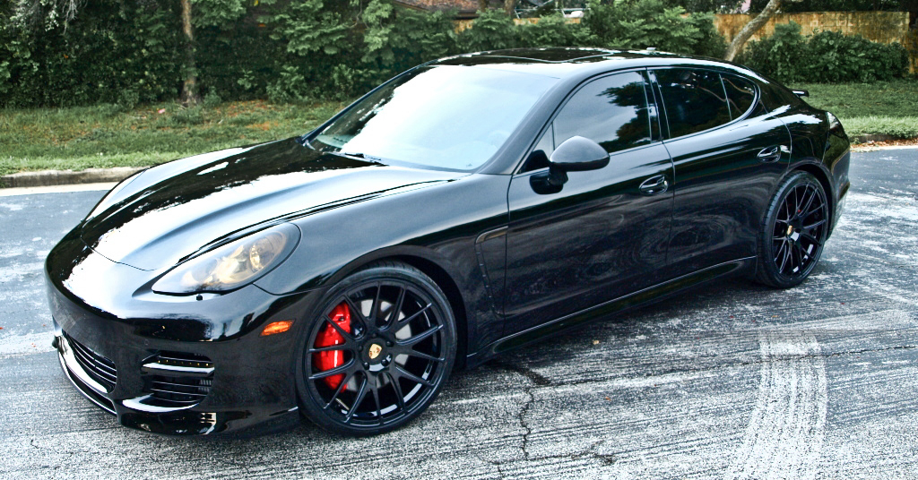 Celebrity car: Dwight Howard\'s black Porsche Panamera