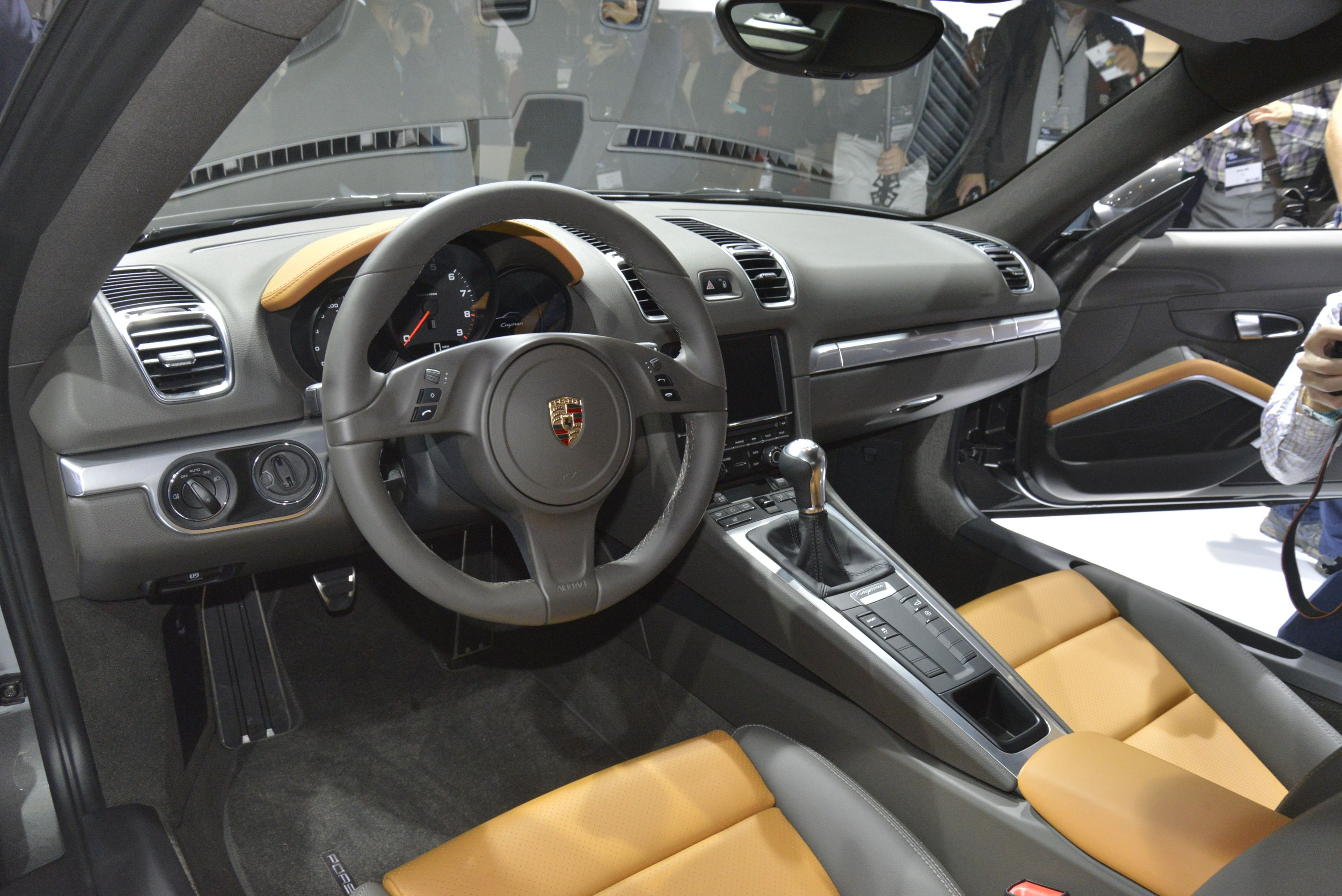 2013-porsche-cayman-gray-2012-los-angeles-auto-show-by-upcomingvehiclesx_05
