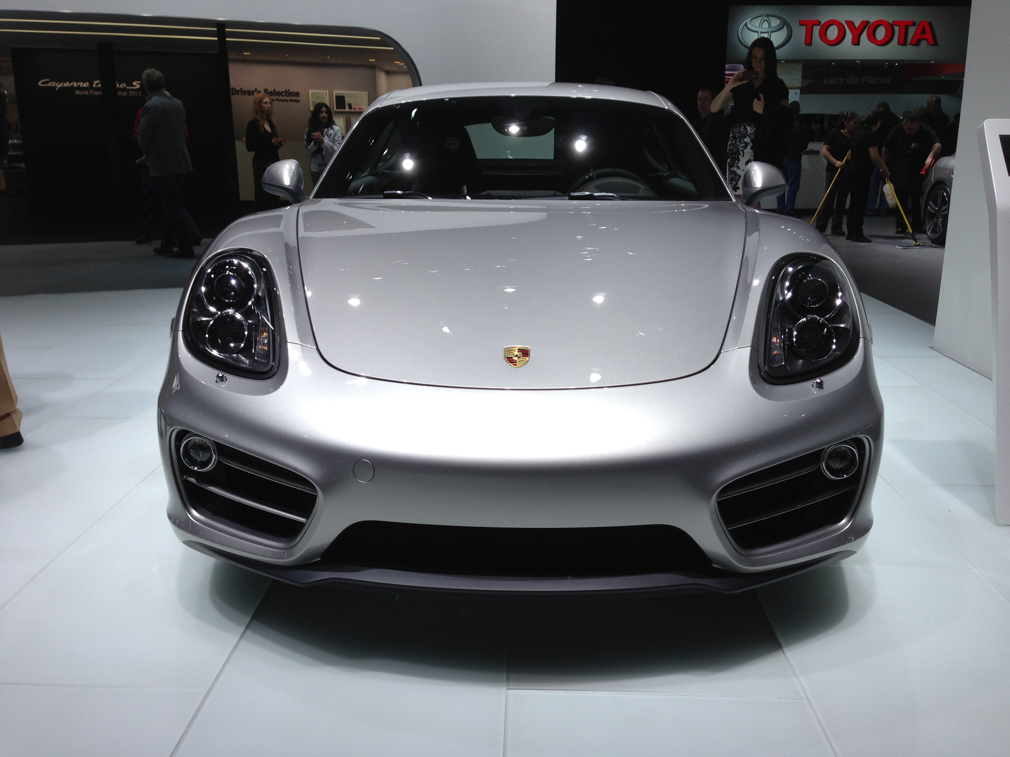 2013-porsche-cayman-at-naias-2013-by-lotprocars_01