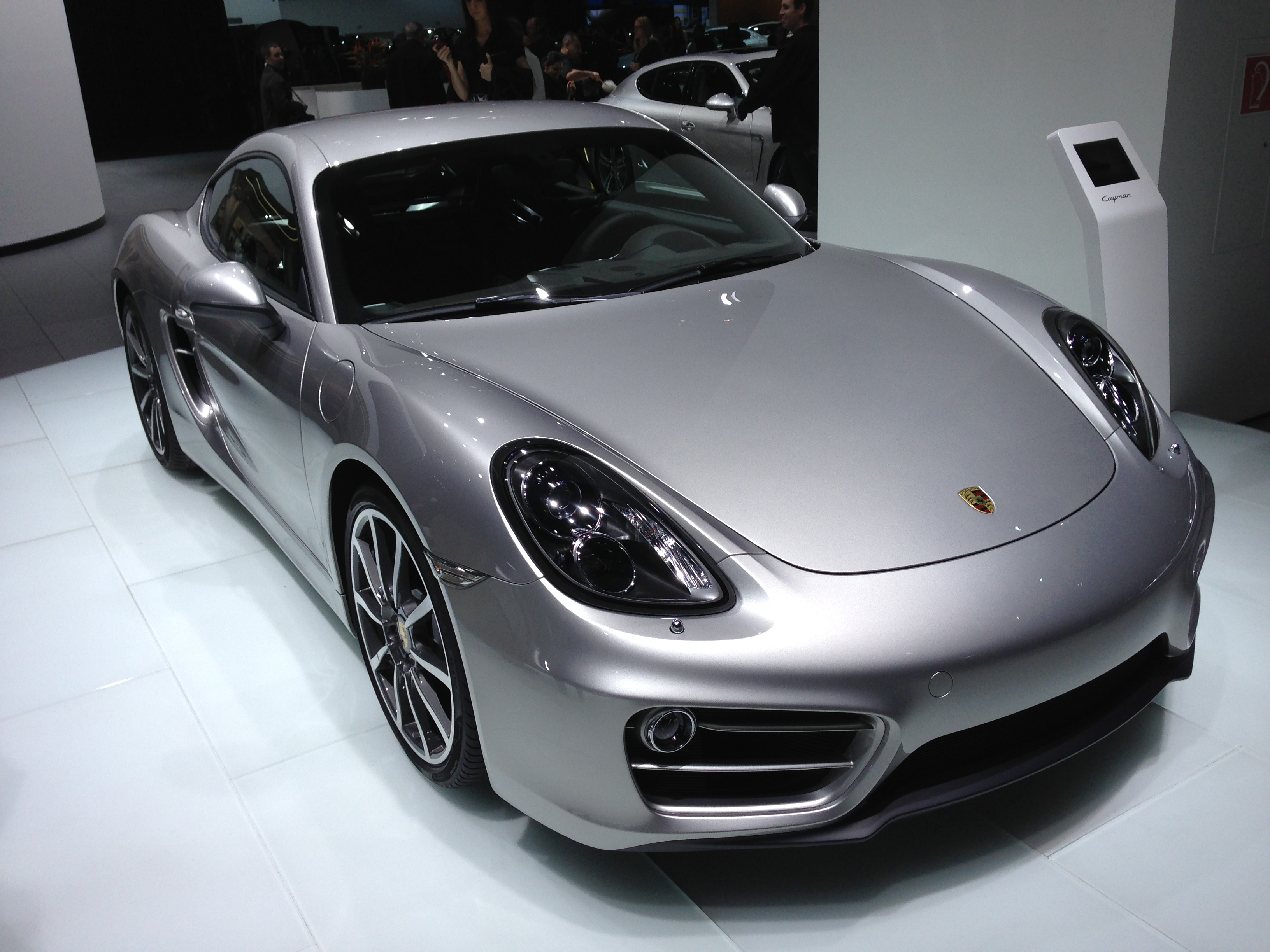 2013-porsche-cayman-at-naias-2013-by-lotprocars_19