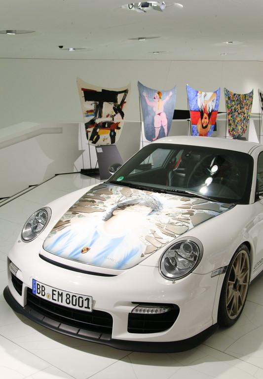 porsche-museum-colecci%c3%b3n-gom%c3%a9z-art-on-porsche-911-gt2_02_0