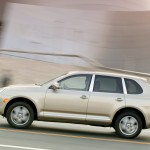 Porsche Cayenne 2004 1600x1200 wallpaper Side view