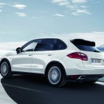 Porsche Cayenne 2011 1600x1200 wallpaper Side angle view