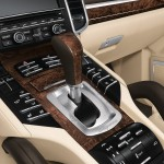 Porsche Cayenne 2011 1600x1200 wallpaper Interior