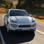 Porsche-Cayenne_2011_3000x1560_wallpaper_01