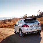 Porsche-Cayenne_2011_3000x1560_wallpaper_02