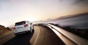 Sand White Porsche Cayenne S Hybrid 2011 3000x1560 wallpaper Rear angle view