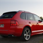 Red Porsche Cayenne S Titanium 2006 1600x1200 wallpaper Rear angle view