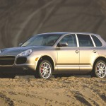Porsche Cayenne Turbo 2004 1600x1200 wallpaper Side angle view