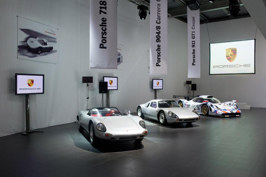 1961 Porsche 718/8 RS Spyder & Porsche 904 & Porsche 911 GT1-98 in Moscow