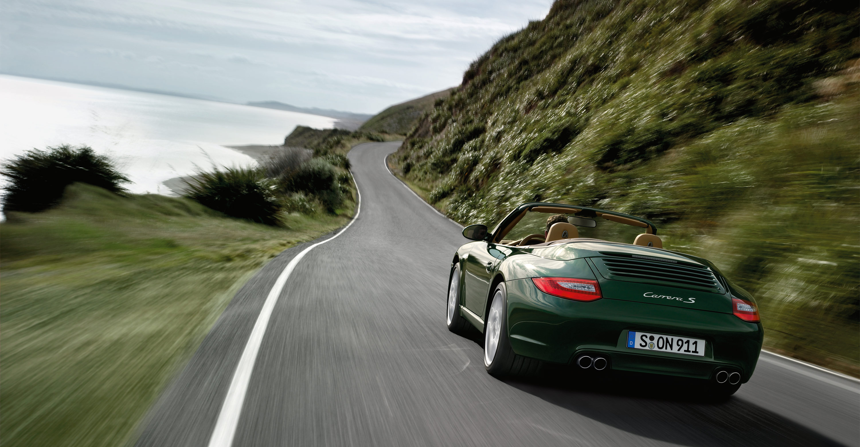 2011 Green Porsche 911 Carrera