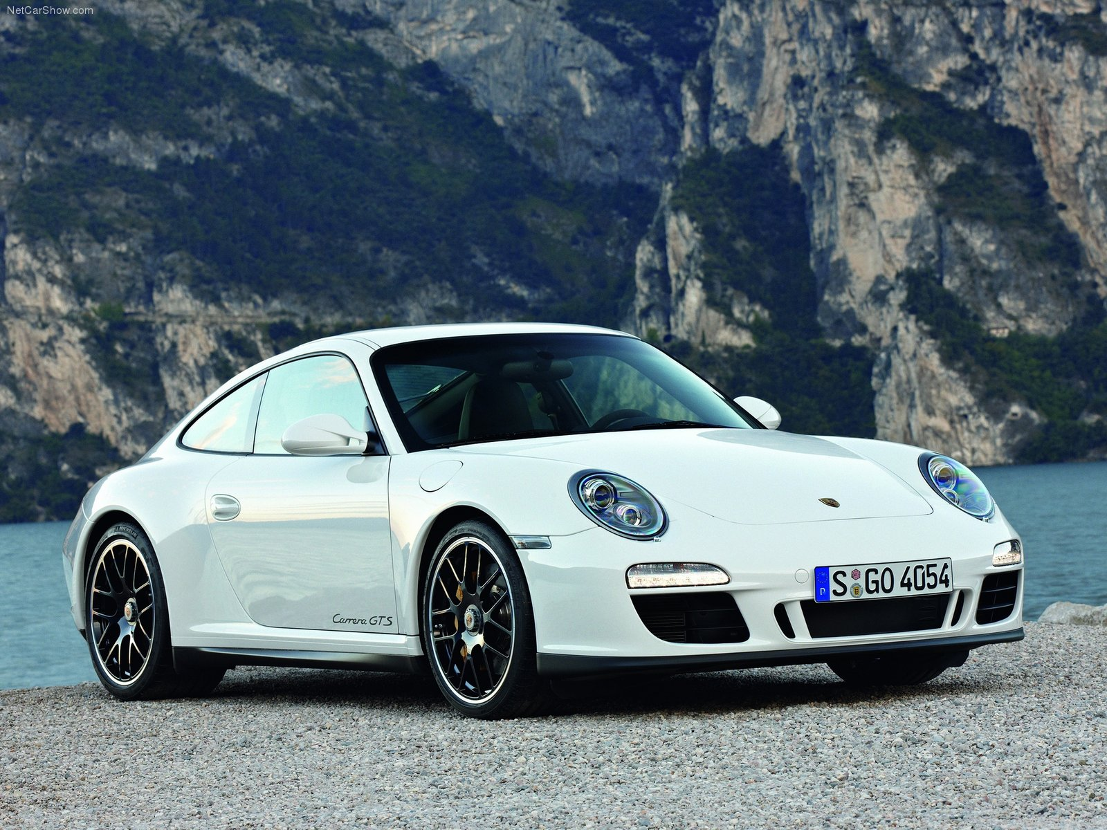 2011 white porsche 911 carrera gts wallpapers. Black Bedroom Furniture Sets. Home Design Ideas