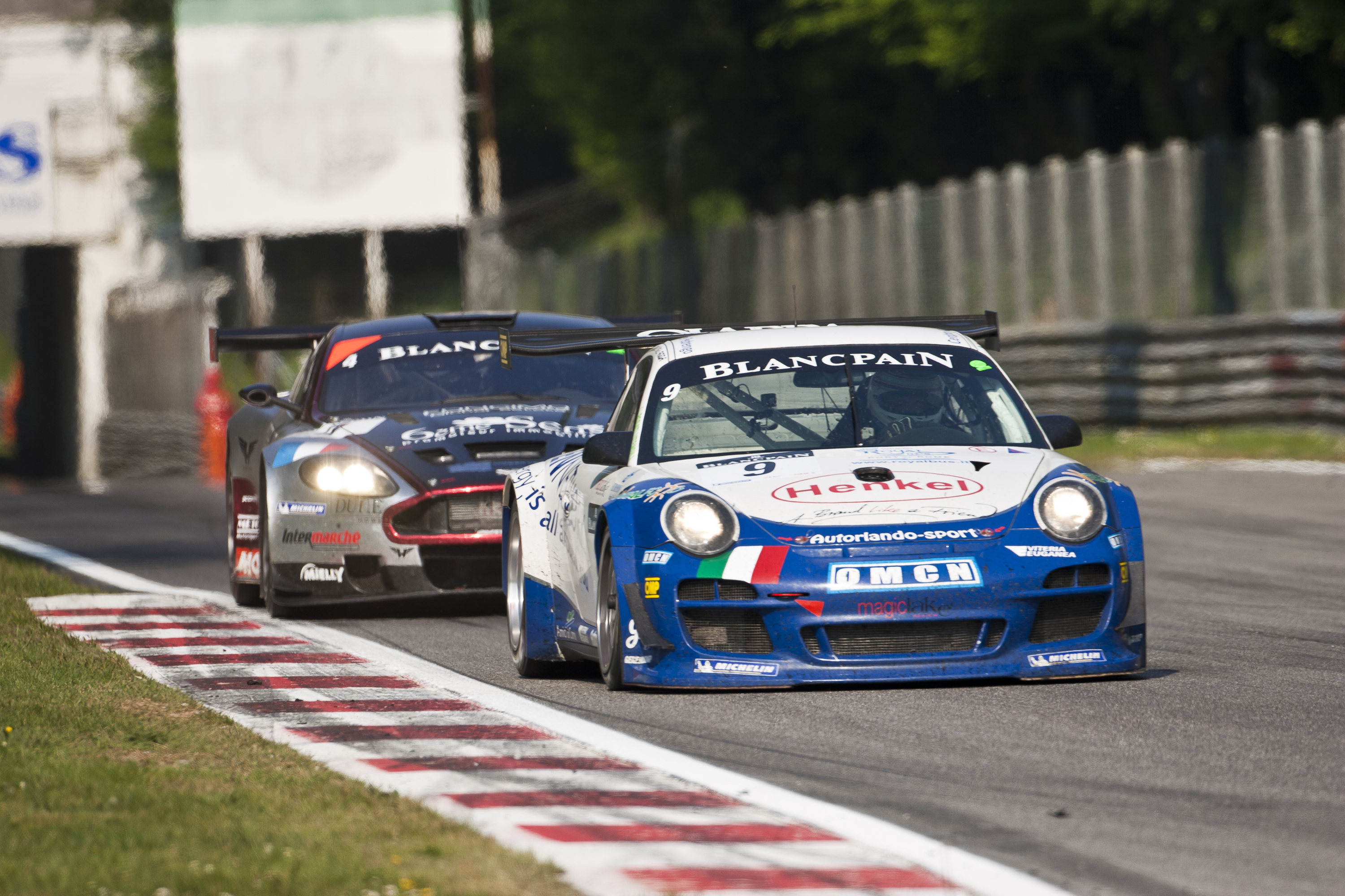 Porsche win first race of the New Blancpain Endurance Series