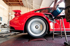 Chassis Dyno Test - 2011 Porsche 911 GT2 RS Side view