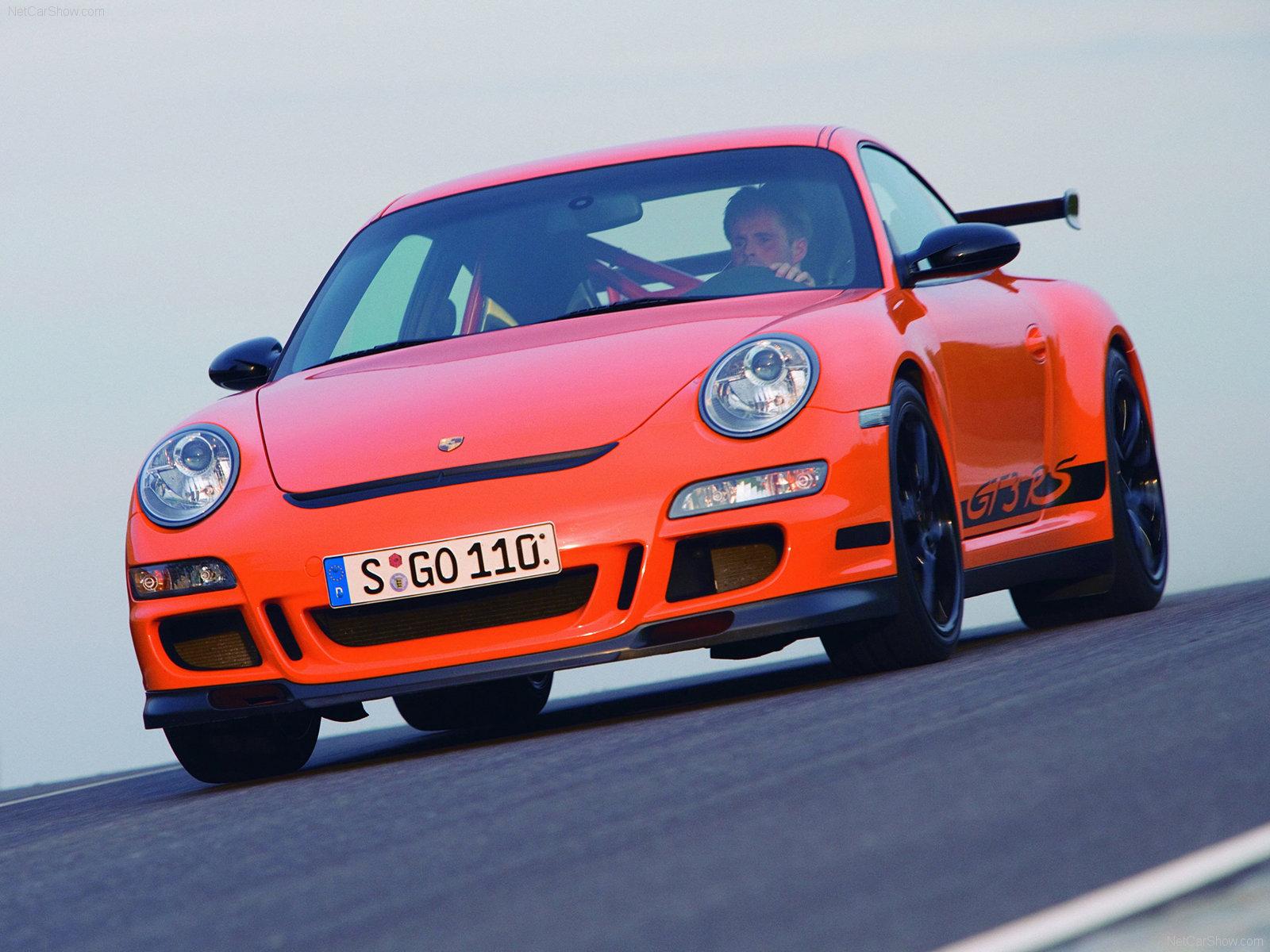2007 Orange Porsche 911 GT3 RS