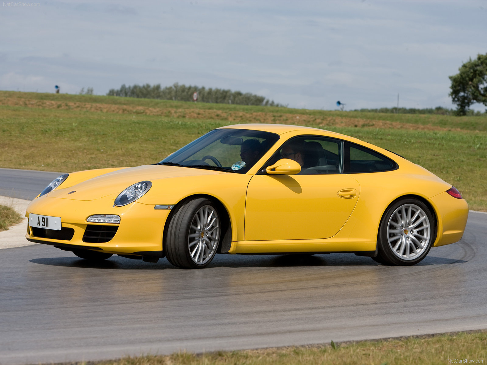 2009 yellow porsche 911 carrera wallpapers. Black Bedroom Furniture Sets. Home Design Ideas