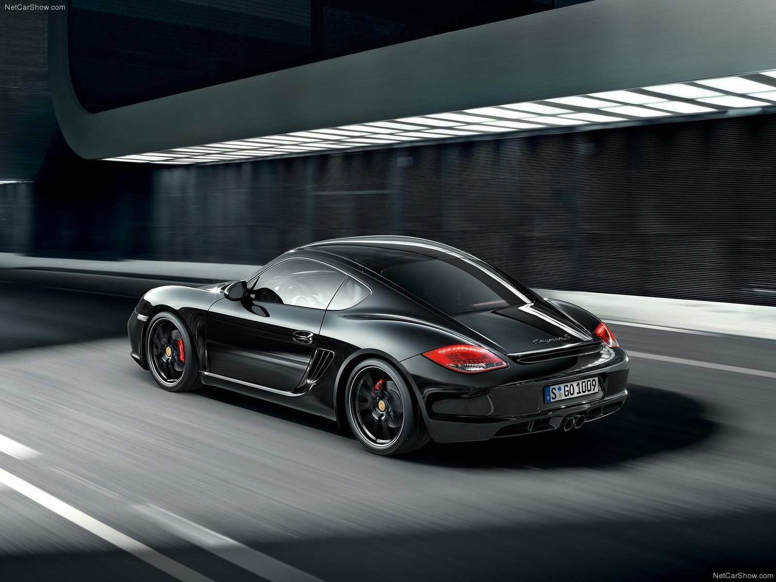 2012 porsche cayman s black edition revealed. Black Bedroom Furniture Sets. Home Design Ideas