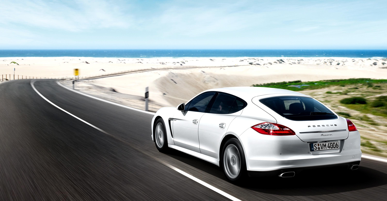 2011 white porsche panamera diesel wallpapers - Porsche Panamera White 2014