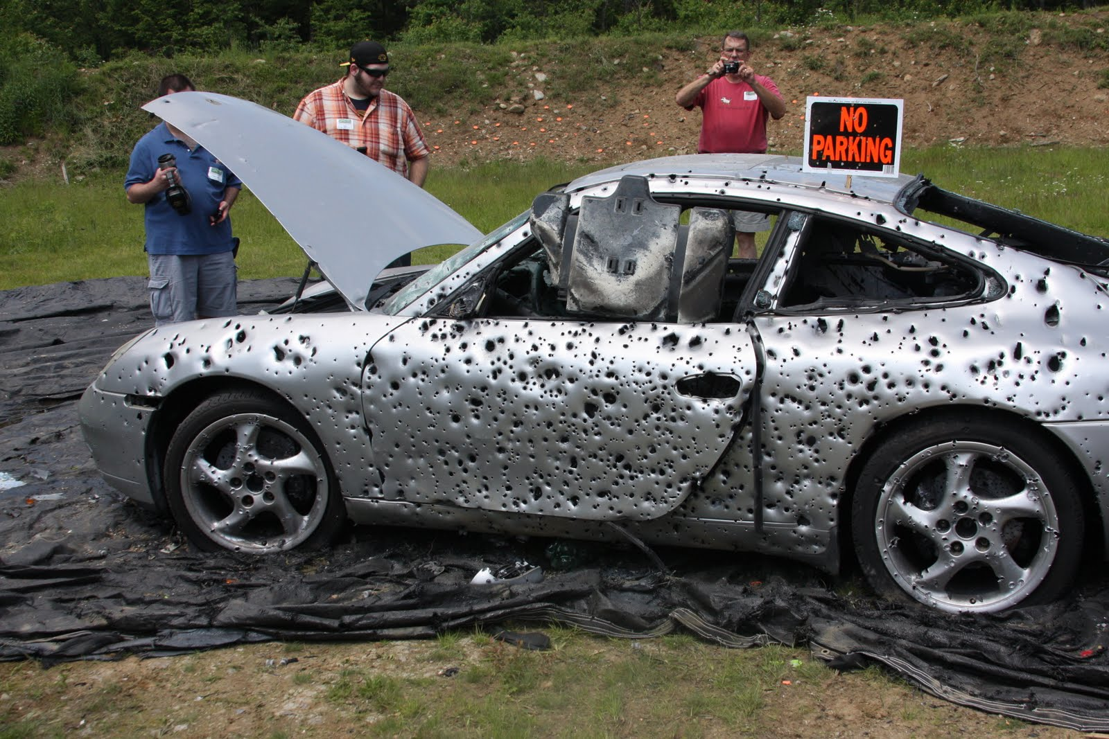 Porsche video: Porsche 911 wrecking with 10,000 rounds of ...