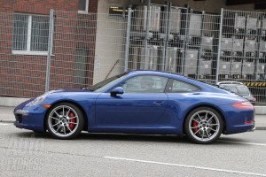 new Porsche 911 (2012 Porsche 991) Side view