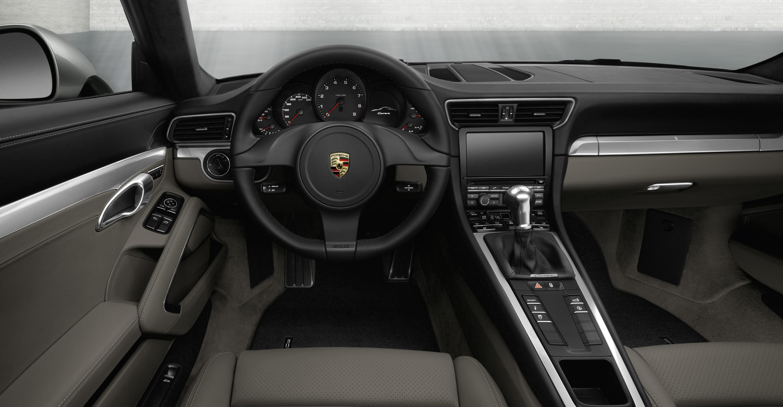 New porsche 911 porsche 991 in details porsche review for Porsche 911 interieur