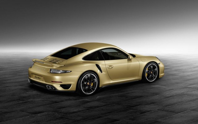 new 911 Turbo by Porsche Exclusive in Lime Gold Metallic_05